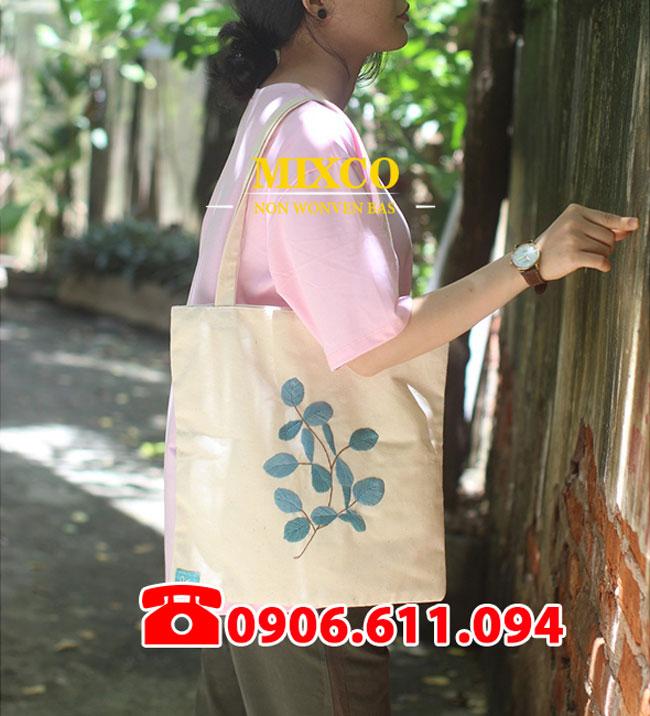 Xưởng may túi vải bố dạng hộp giá rẻ TPHCM Mixco