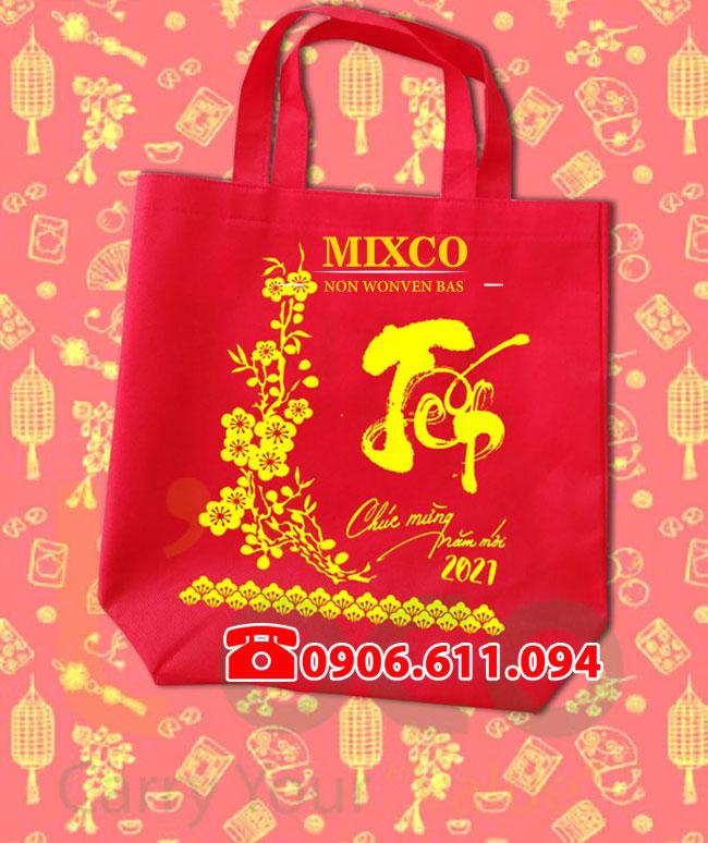 xưởng túi vải đựng quà tặng lịch tết Mixco