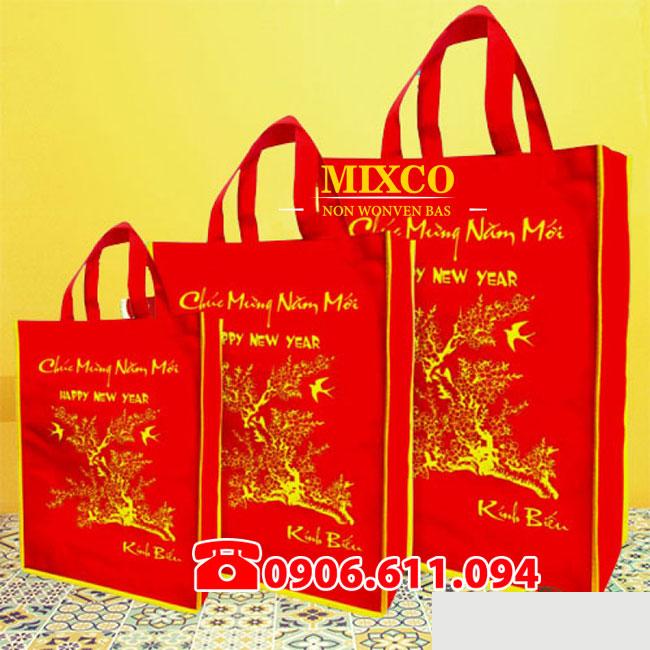 xưởng túi vải đựng quà tặng lịch tết giá rẻ TPHCM Mixco